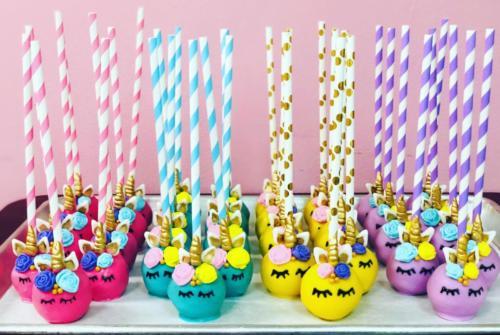 unicorn-cake-pops